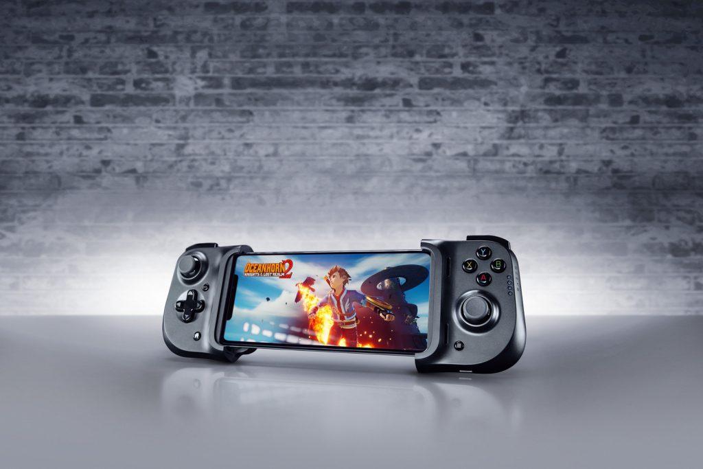 iPhone 专属游戏手柄——  Razer Kishi for iPhone,游戏操控低延迟,可边充边玩,售价 RM469 2